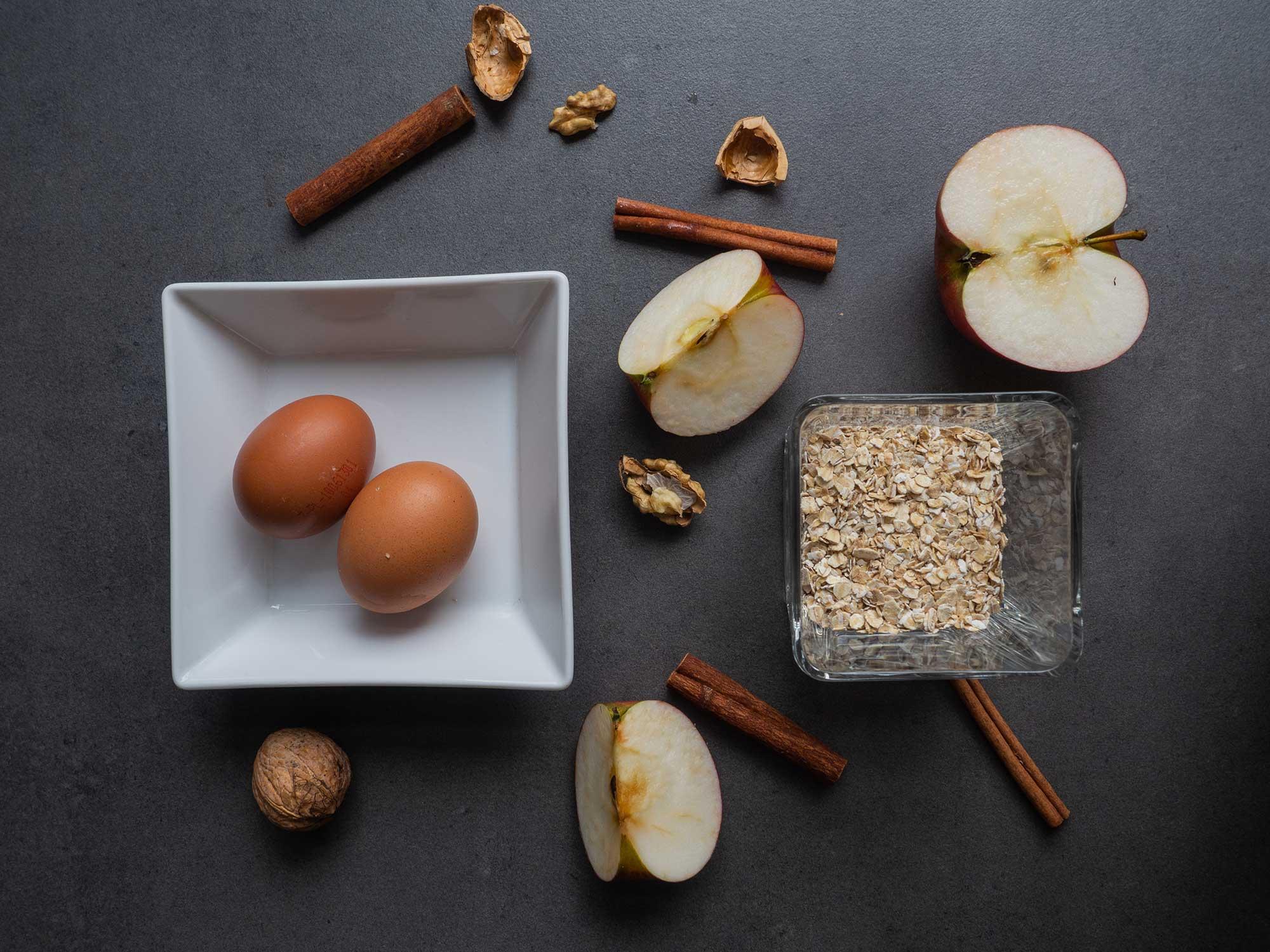 Ingredients: Apples, eggs