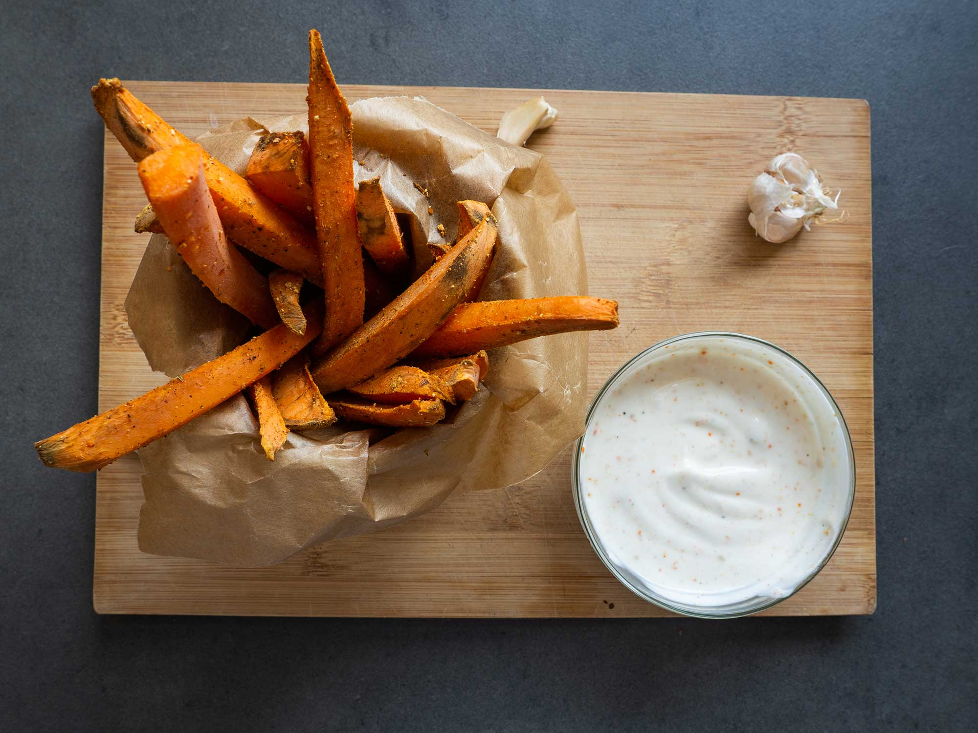 Sweet Potato Fries with Garlic Dip