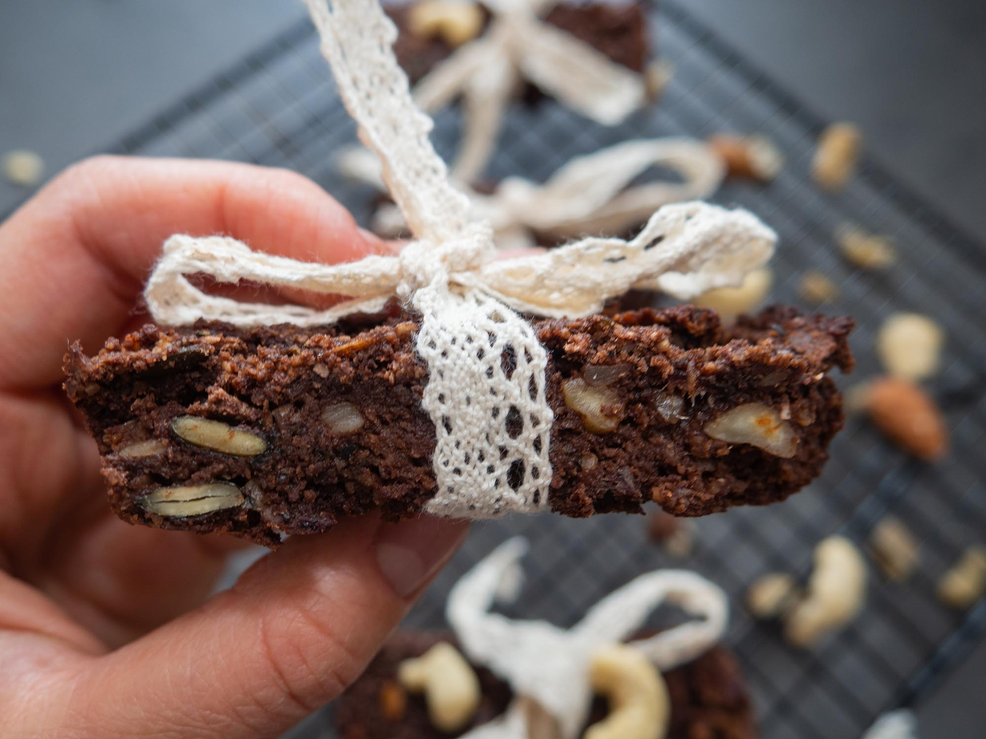 Nut and Chocolate Energy Bars